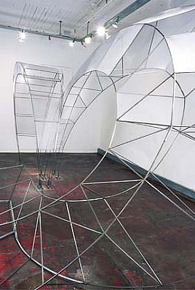 Rosa Valado, Magnetic 2003, steel, aluminum screen