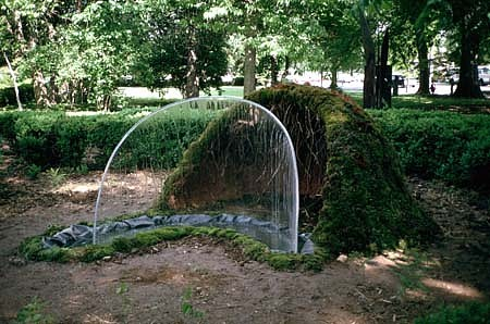 Soledad Salame, Grotto 1994, moss, clay, water, plexiglass, steel