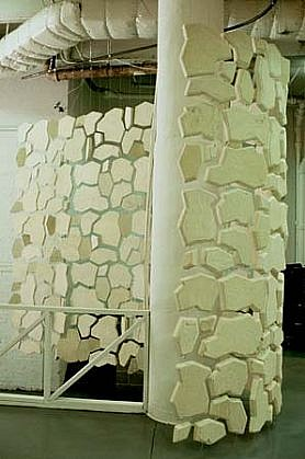 Oona Stern, Stone Curtain Wall 1998, cast gypsum, steel cable, hardware