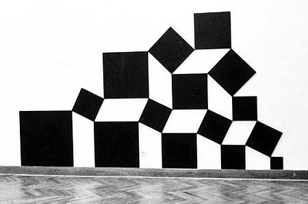 Pavel Rudolf, Pyramid 1992, wood plates