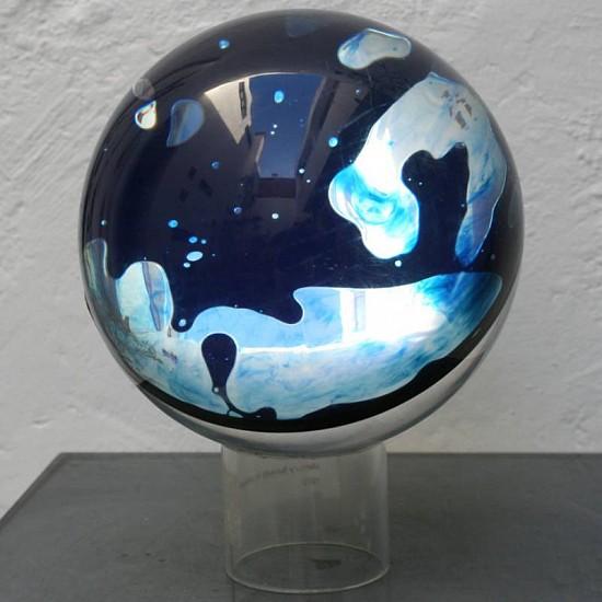 Ronald Mallory, Sphera 2007, mercury in a fluid enclosed in plexiglass
