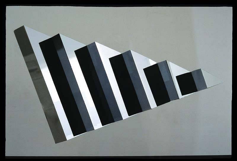 Anthony Krauss, Triangular Eye 1 2007, mirrored aluminum