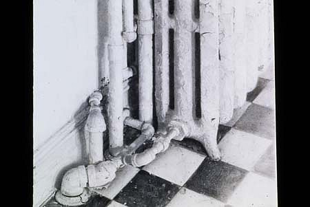 Christopher Gallego, Kitchen Radiator 2000, pencil on paper