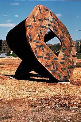 Linda Fleming, Vessel 1990, wood, steel