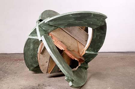 Linda Fleming, Green Ring 1992, wood, enamel paint