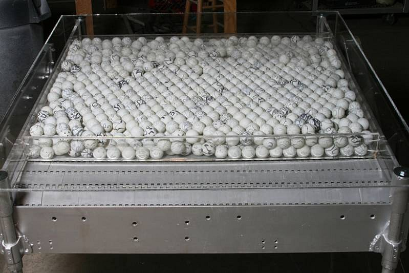 Barbara Cohen, Moving On 2007-10, motorized conveyor belt, graphite drawn on ping pong