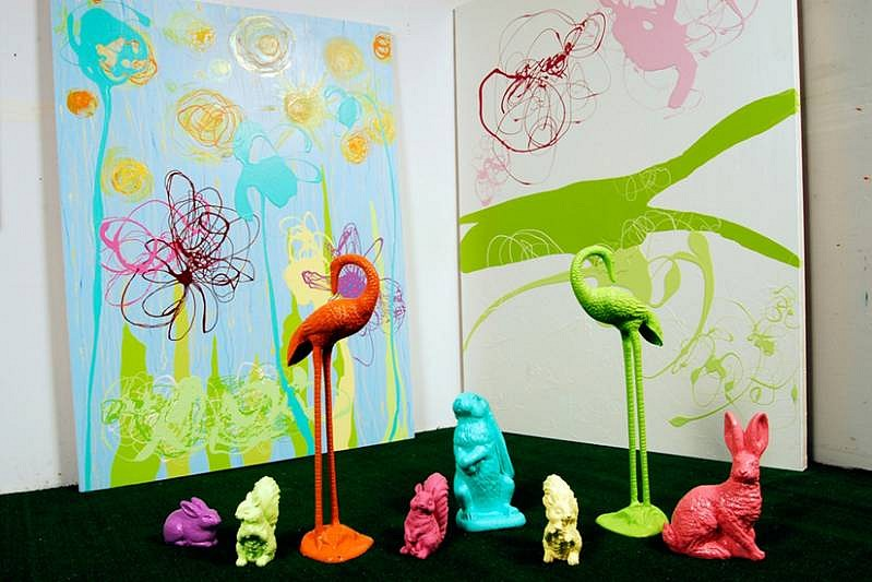 Serena Bocchino, Tango (Painting with astro turf and figures) 2009, enamel paint on canvas with Astroturf and painted lawn animals