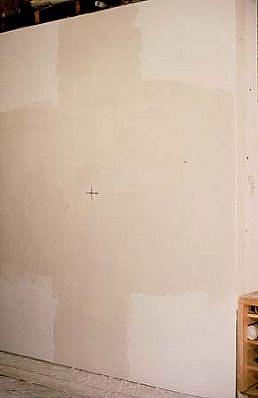 Jill Baroff, 4 Corners 1992, sheetrock, oil stick, plaster