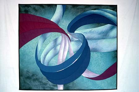 Janice Anthony, Andromeda 1986, cotton, painted with fiber-reactive dyes, hand and machine pieced, guilted