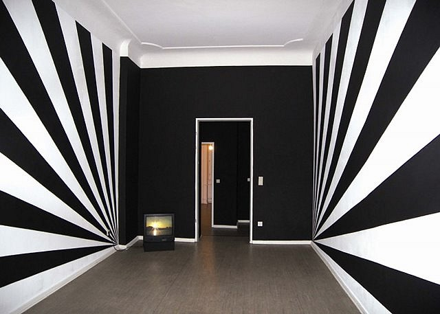 Monika Goetz, Black Sunshine 2007, wall drawing
