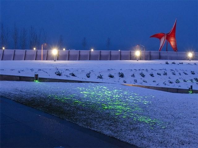 Iole Alessandrini, Greener 2007, laser installation
