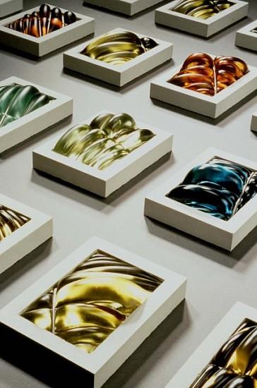 Julie Mihalisin & Phillip Walling, Collaborative Effort (Detail) 1998, glass, concrete, metal