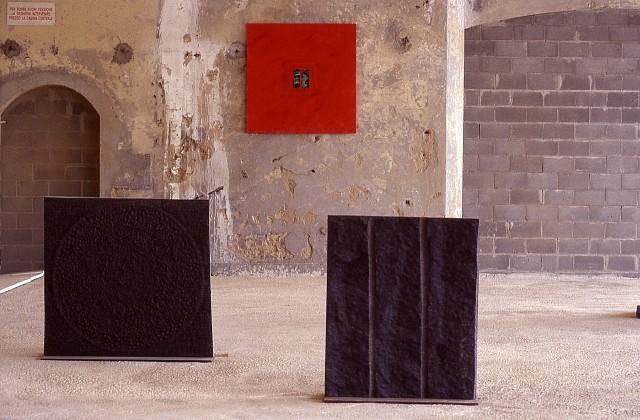 Bianca Nappi, Grandi Pietre Com Taglienti Spade e Rosso Con Rame 1995 - the two granite pieces; 2000 - the mural, Granite, Marble Dust Oxides and Copper on Wood