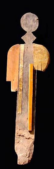 Behailu Bezabih, Untitled 2007, wooden sculpture mixed media