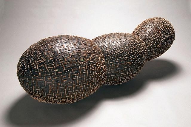Minoru Ohira, Fission 2005, burning cut and snapped white oak on wood form