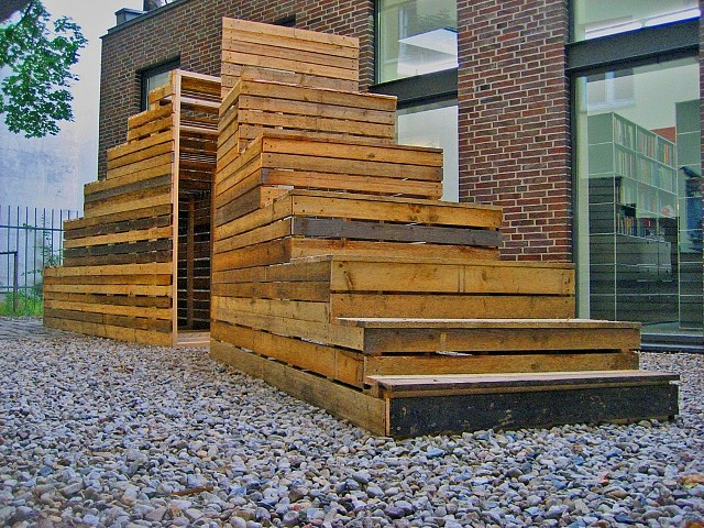 Lori Nozick, Two Staircases 2010, reclaimed lumber