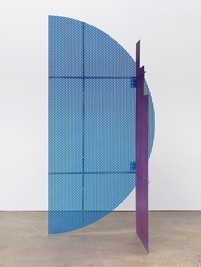 Eva Berendes, Untitled 2012, steel, lacquer, brass
