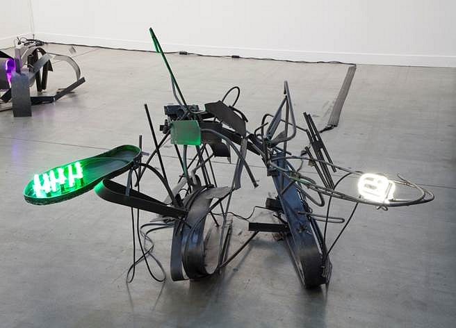 Jo Nigoghossian, Hors d'oeuvres 2015, Steel and neon